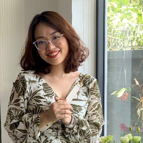 Vanessa - Vietnamese Teacher in Melbourne: Hi, I'm studying ...