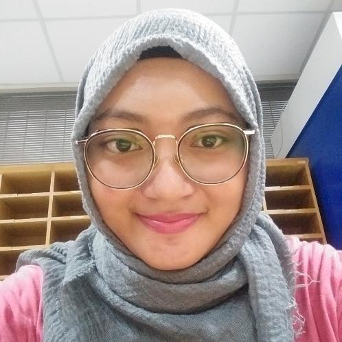 Vena - Jakarta: Hii my name is Vena, I am a fresh grad of inte...