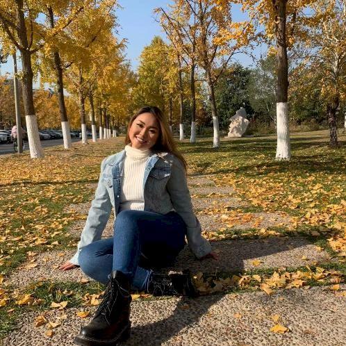 Vivian - Chinese / Mandarin Teacher in Luxembourg: Hi, I am fr...