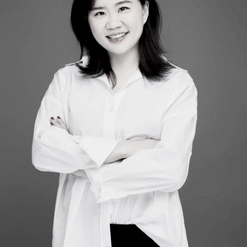 Wenjun - Rotterdam: I am a native Mandarin speaker who comes f...