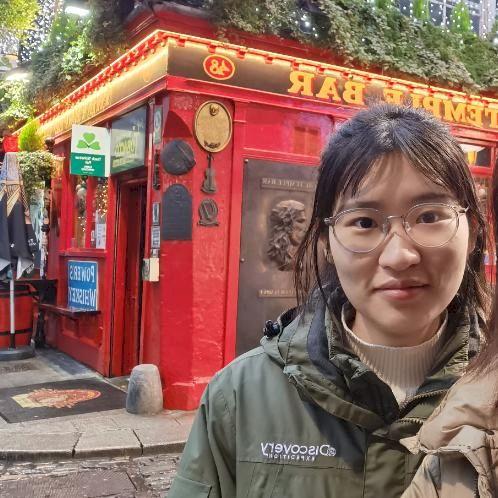Xinting - Chinese / Mandarin Teacher in Dublin: Hi. I am Xinti...