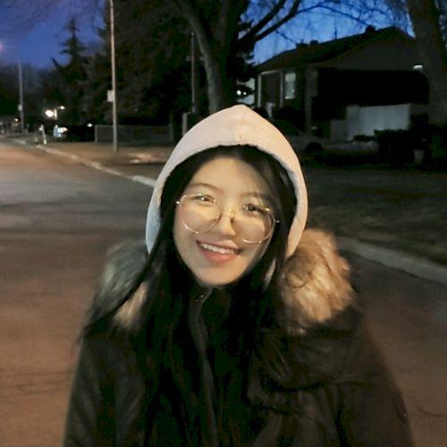 Xinyu - Chinese / Mandarin Teacher in Montreal: Hi! I have pre...