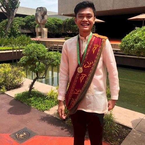 Yang-Shen - Taipei: I am a Filipino-Chinese living in Taipei. ...