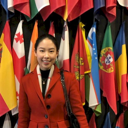 Yue - Chinese / Mandarin Teacher in Ljubljana: My name is Juli...