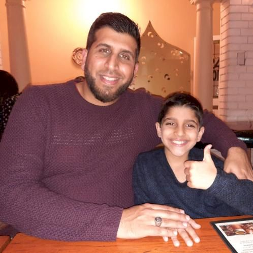 Zaheer - Toronto: I am a biology teacher specializing in middl...