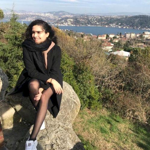 Zeina - Arabic Teacher in Sharjah: I am a Syrian living in the...