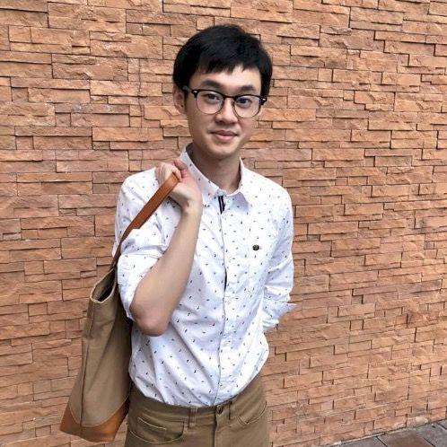 Zhao - Bangkok: I can speak Cantonese and Mandarin, English an...