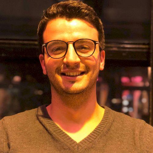 Zied - Arabic Teacher in Paris: I am develops engineer working...