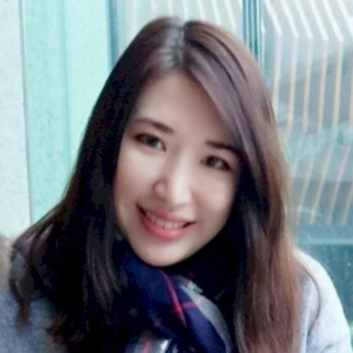 Zoe - Cantonese Teacher in Paris: Hi my name is Zoe and I am a...