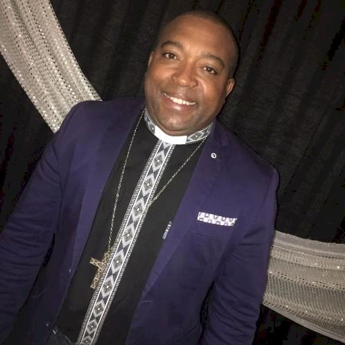 Desmond - Afrikaans Teacher in Port Elizabeth: I am Desmond, a...