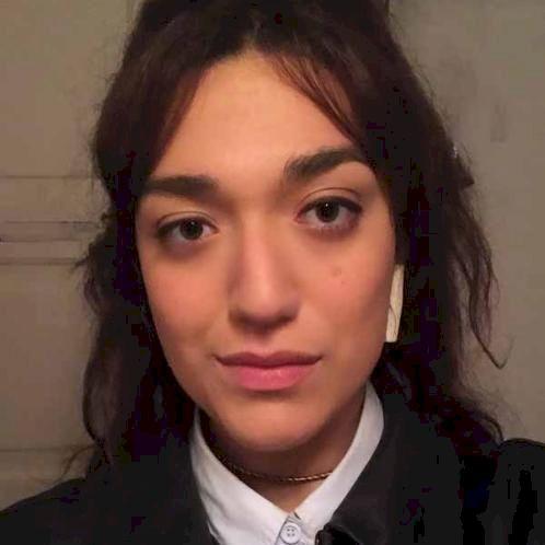 Maria - Portuguese Teacher in Cologne: Hi, I'm from Brazil and...