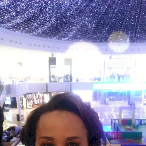 Tanniesha - Dubai: I am a native English speak for the America...