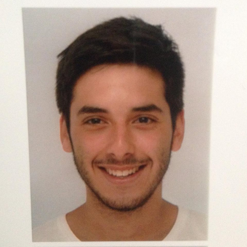 Thomas - Sydney: I am a French student here for some months. I...