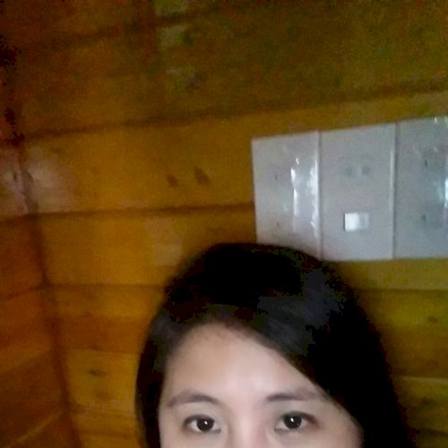 Tracy - Hong Kong: My name is Tracy. I  am a native Vietnamese...