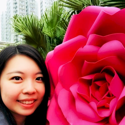 Ming Yan - Hong Kong: My name is Yan.My full-time job is teach...