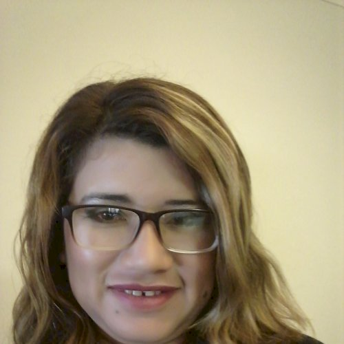 Vilma - Melbourne: My name is Vilma. I am a teacher with 10 ye...