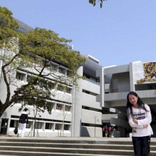 Wong - Hong Kong: I am a native speaker of Mandarin and have g...