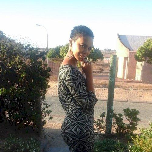 Deidre - Cape Town: Hi, I'm Deidre! I would like to teach Afri...